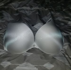 NWOT 38D Victoria's Secret Push-Up Bra